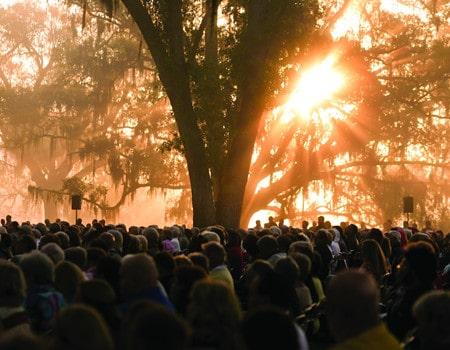 Easter Sunrise Service, Scott Banks, 2010